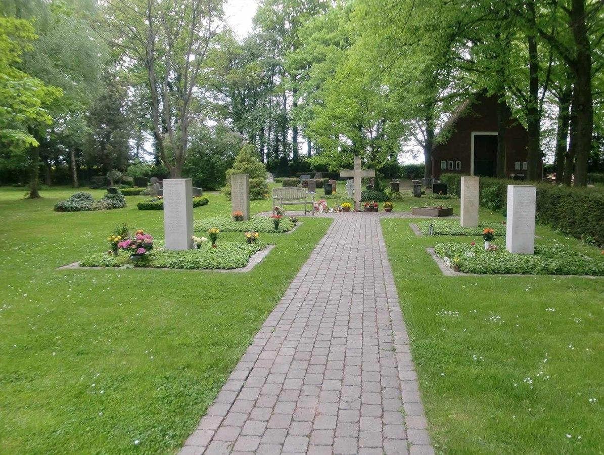 Urnengemeinschaftsanlage im Stelenfeld